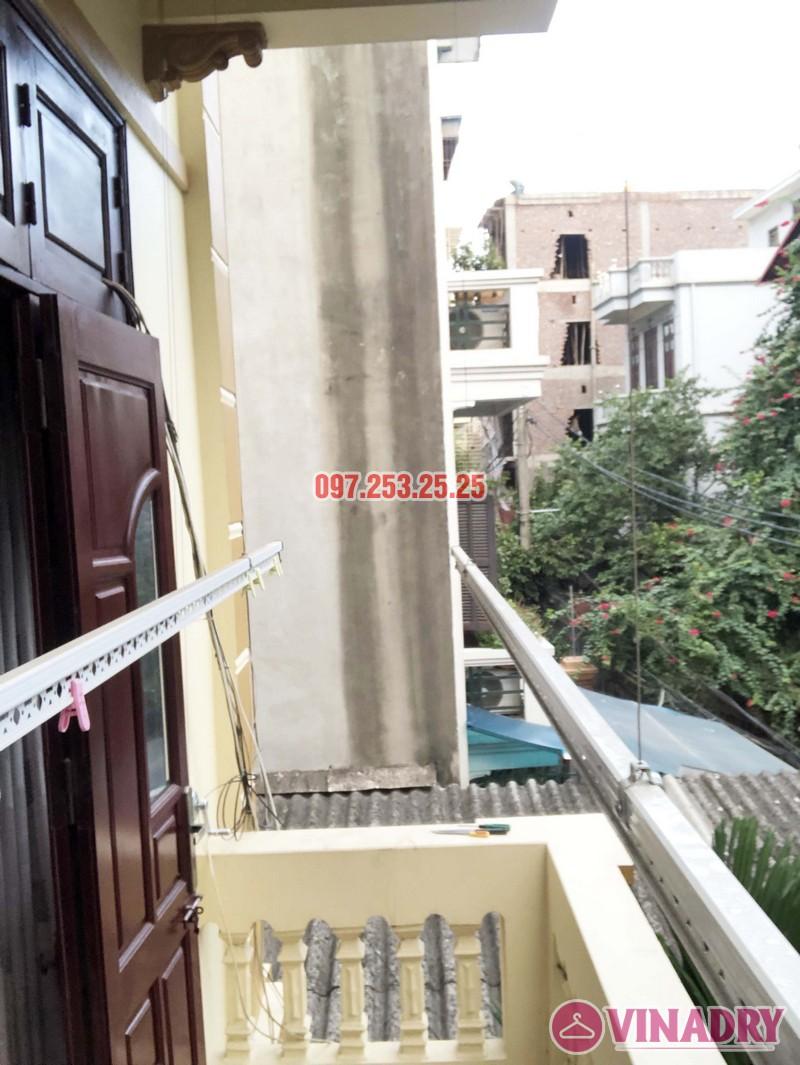 Lắp giàn phơi cho ban công 2,5 m2 nhà cô Yến, ngõ 162 Cổ Nhuế, Hà Nội - 01