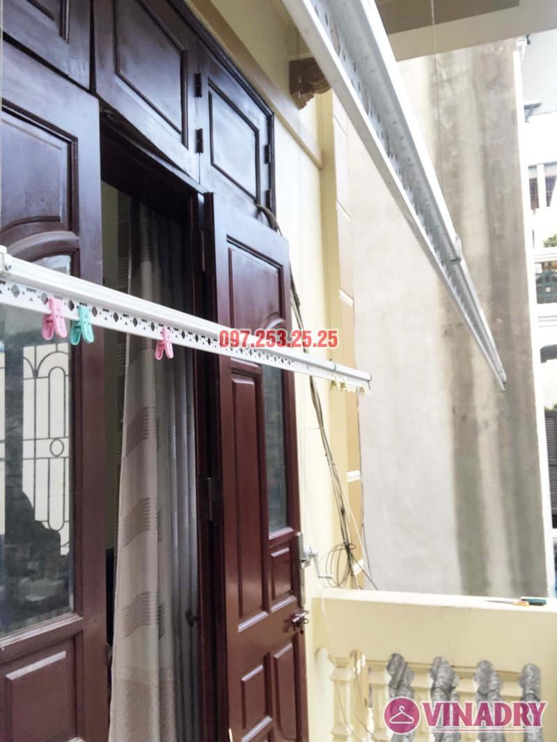 Lắp giàn phơi cho ban công 2,5 m2 nhà cô Yến, ngõ 162 Cổ Nhuế, Hà Nội - 02