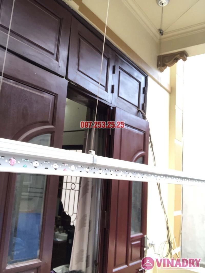 Lắp giàn phơi cho ban công 2,5 m2 nhà cô Yến, ngõ 162 Cổ Nhuế, Hà Nội - 07