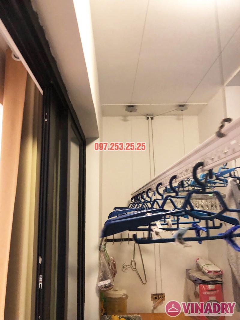 Sửa giàn phơi thông minh tại Royal City nhà chị Hải, căn 2409, tòa R6A - 02