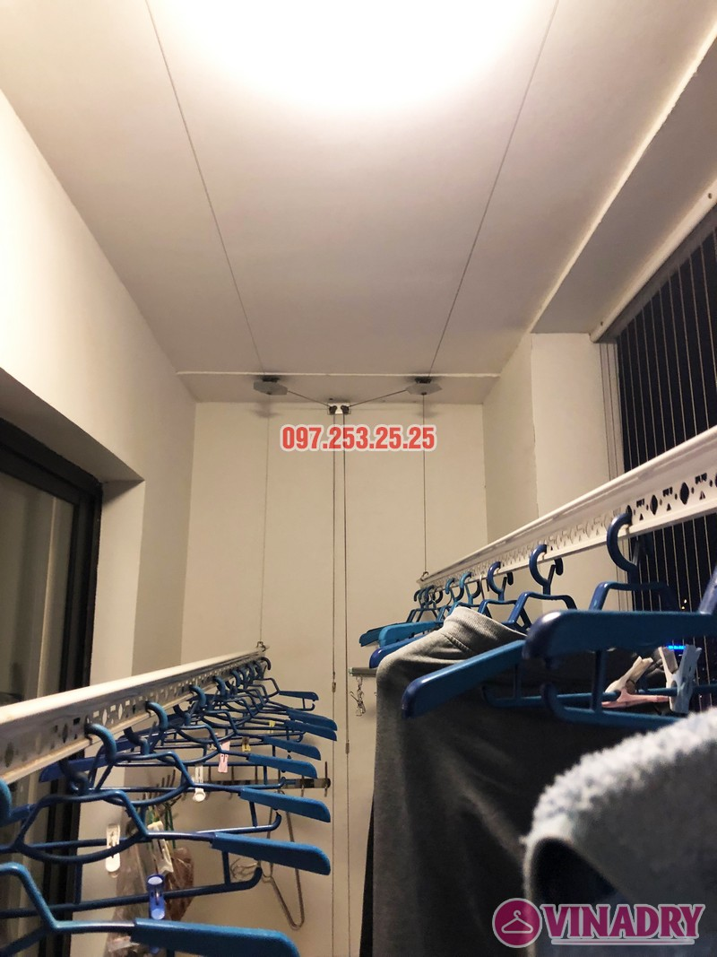 Sửa giàn phơi thông minh tại Royal City nhà chị Hải, căn 2409, tòa R6A - 05