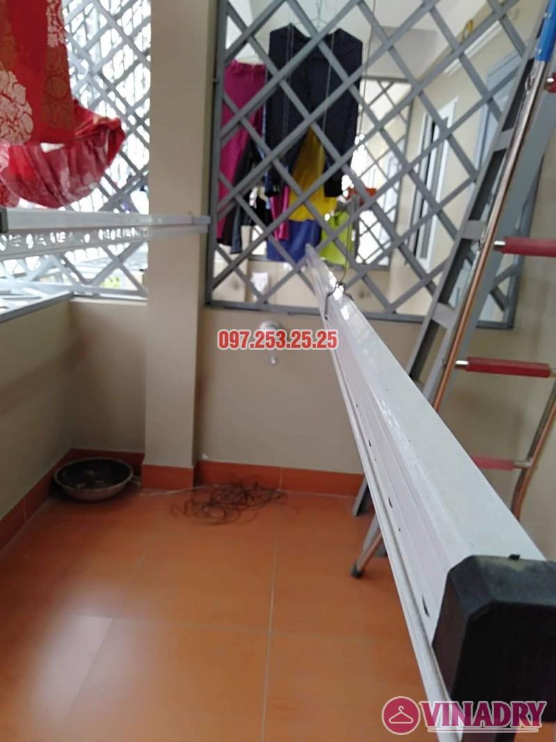 Hình ảnh thực tế bộ giàn phơi Hòa Phát gá rẻ KS950 cực chất - 01