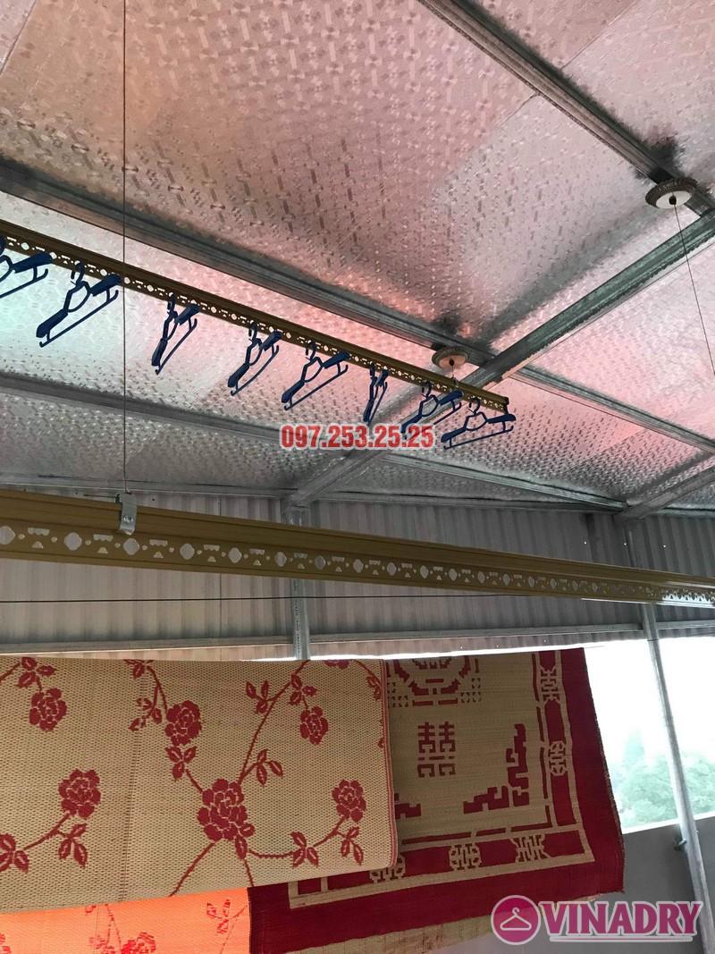 giàn phơi Vinadry đẹp và hiện đại khi lắp cho trần mái tôn