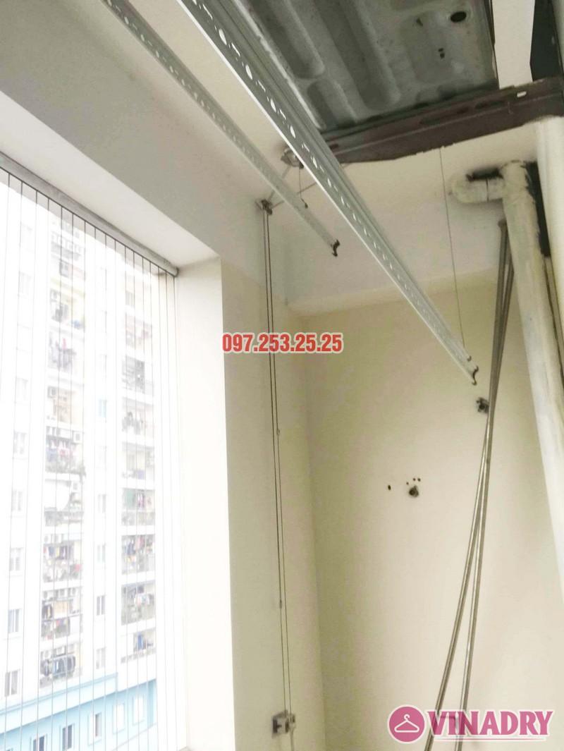 Thay củ quay, dây cáp giàn phơi thông minh giá rẻ tại nhà chị Thoa, chung cư 62 Trần Bình, Cầu giấy - 02