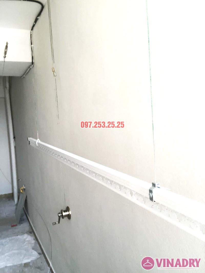 Lắp giàn phơi giá rẻ Hòa Phát Star HP702 tại chung cư V1 Victoria Văn Phú, Hà Đông - 01