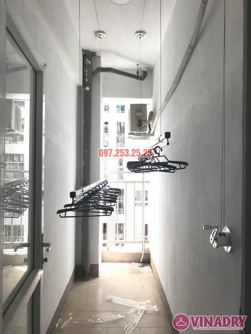Hình ảnh giàn phơi giá rẻ Hp701 lắp tại lô gia chung cư AZ Sky Định Công - 04