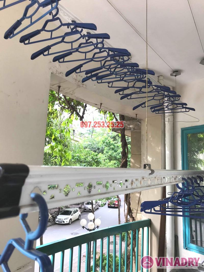 Thay dây cáp giàn phơi giá rẻ nhà chị Hồng, tòa nhà C'land 81 Lê Đức Thọ, Nam Từ Liêm, Hà Nội - 05