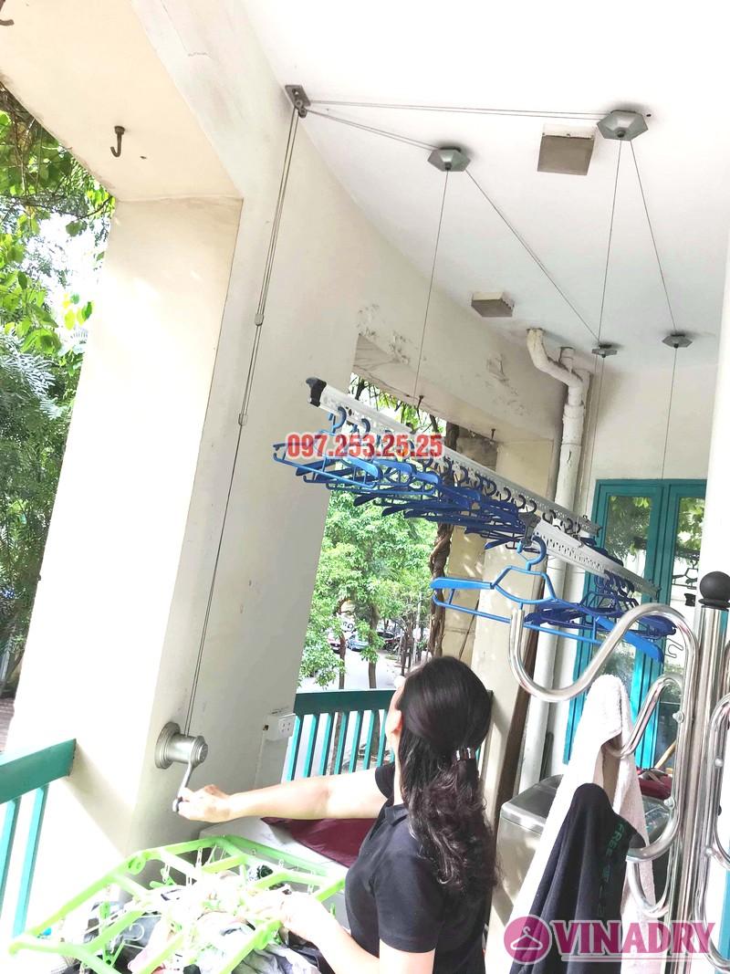 Thay dây cáp giàn phơi giá rẻ nhà chị Hồng, tòa nhà C'land 81 Lê Đức Thọ, Nam Từ Liêm, Hà Nội - 06