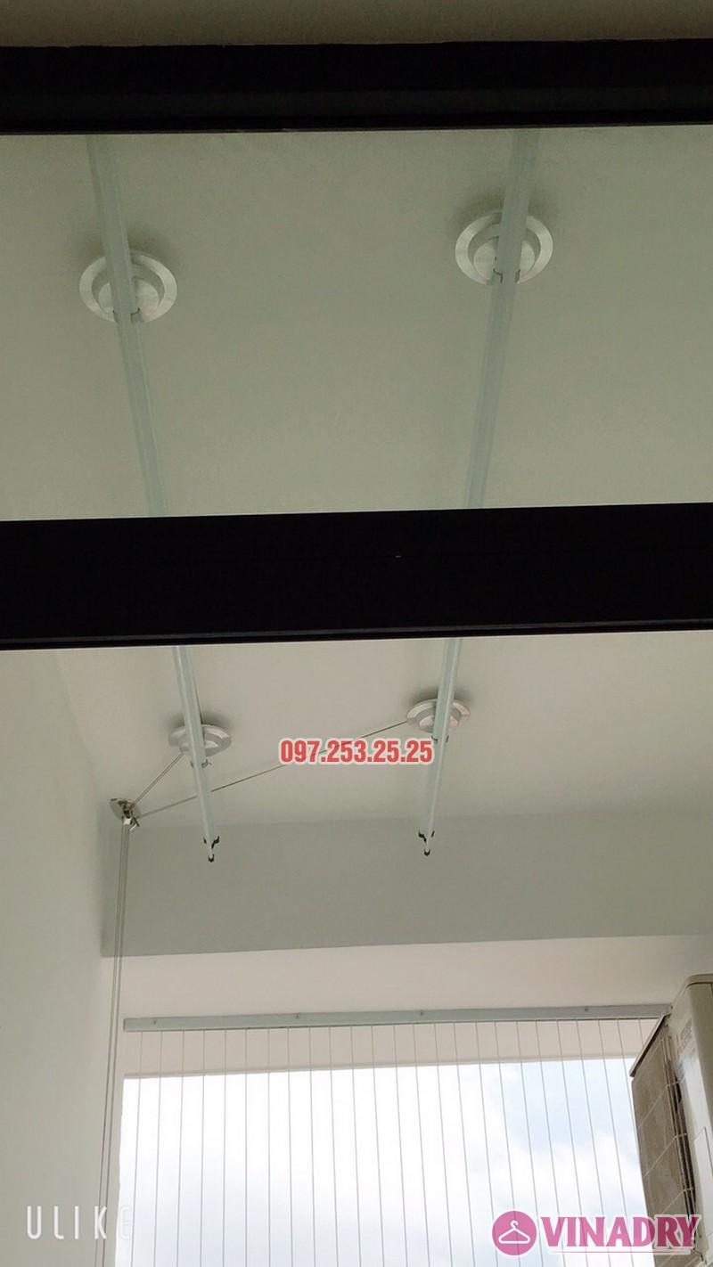 Giàn phơi HP701 lắp tại lô gia nhà cô Hà