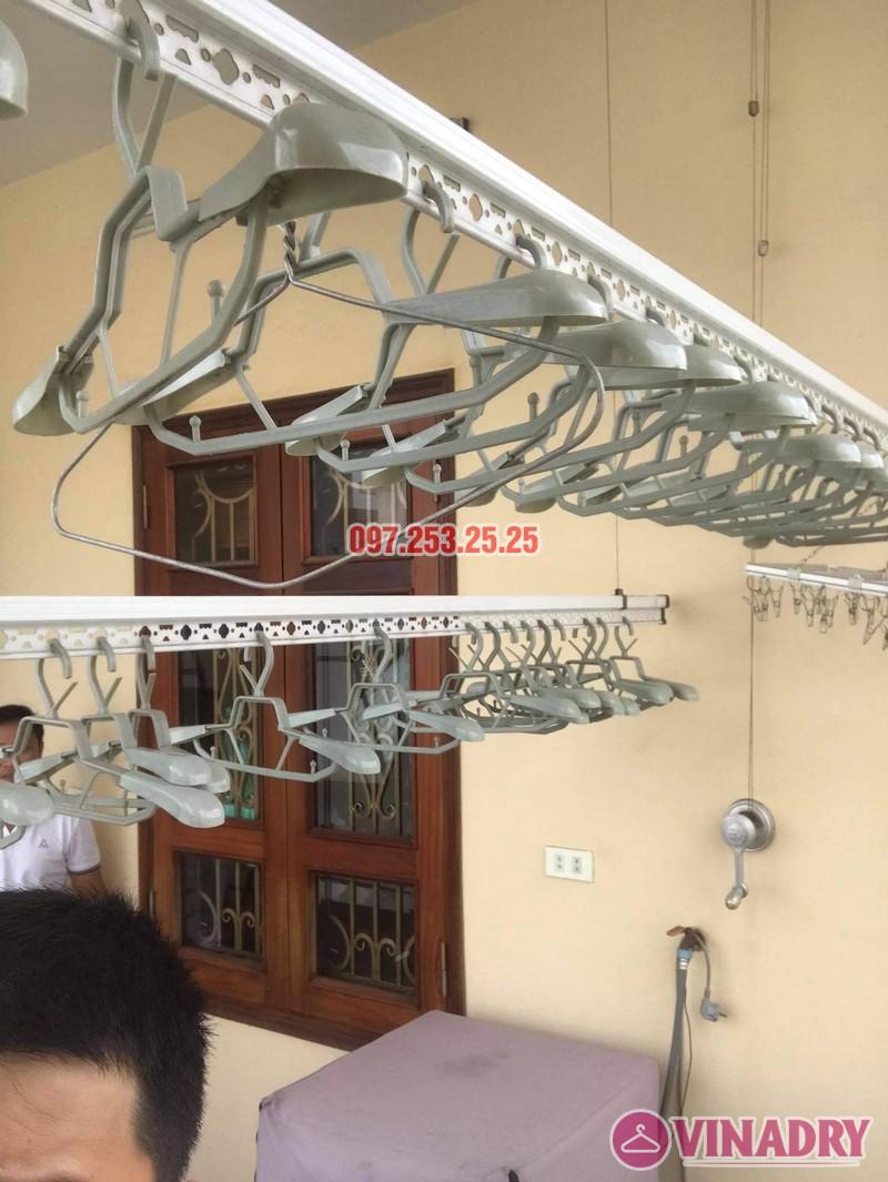 Thay dây cáp giàn phơi giá rẻ tại Long Biên nhà chị Đào, ngõ 80 phố Bắc Cầu - 02