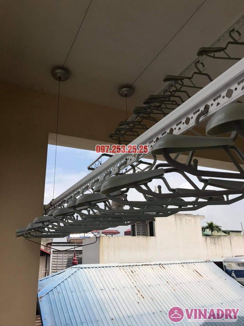 Thay dây cáp giàn phơi giá rẻ tại Long Biên nhà chị Đào, ngõ 80 phố Bắc Cầu - 03