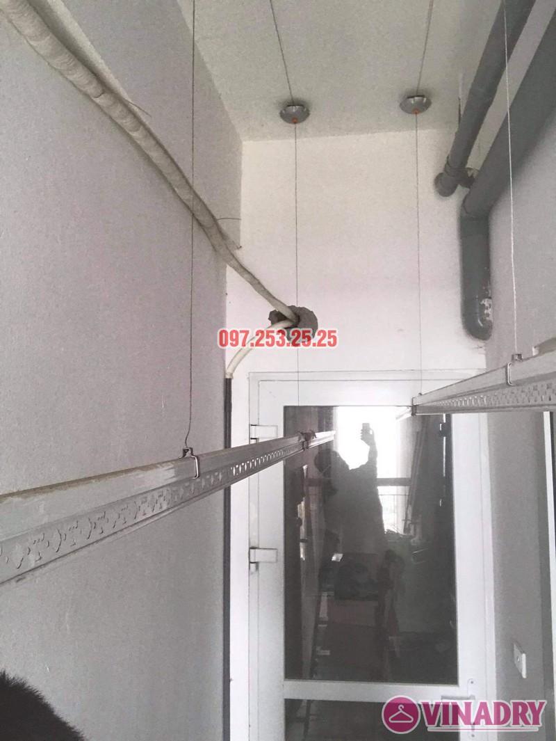Ảnh sửa giàn phơi thông minh tại Kim Văn Kim Lũ nhà chỊ Hoa, chung cư CT1B - 02