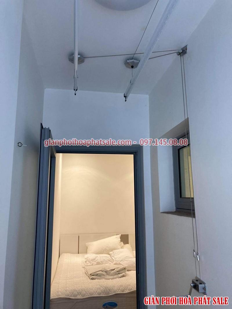 Hình ảnh thực tế giàn phơi Hòa Phát Q6 lắp tại logia chung cư - 03