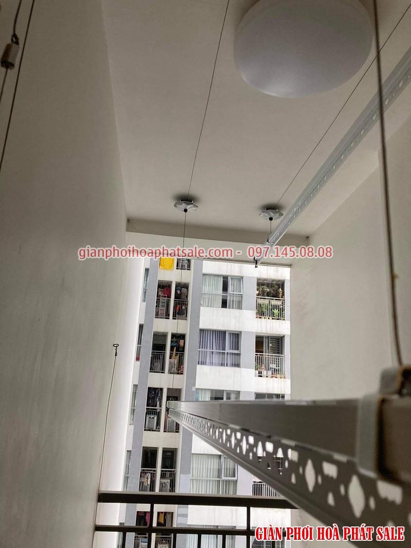 Hình ảnh thực tế giàn phơi Hòa Phát Q6 lắp tại logia chung cư - 05